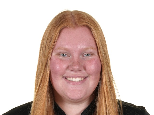 roster photo for Meredith Hallett