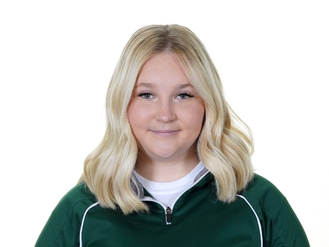 roster photo for Emily Petty