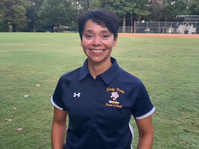 staff photo of Roxanne Farris