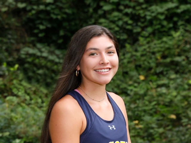 roster photo for Gabi Rosas