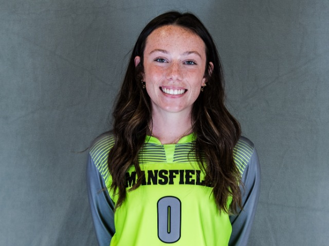 roster photo for Chloe Durkee