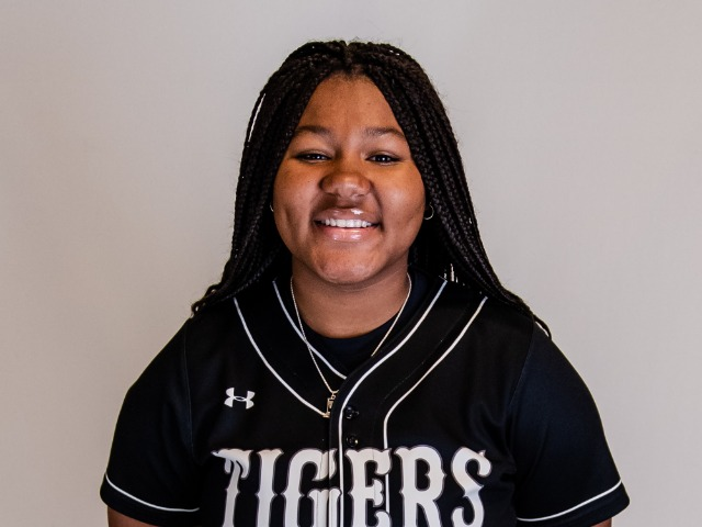 roster photo for Miyah Jackson
