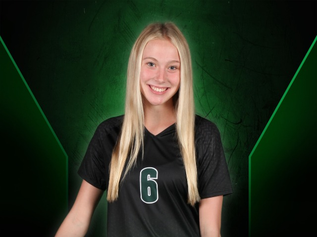 roster photo for Madison Halfmann