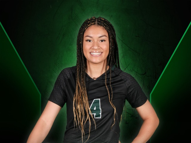 roster photo for Carley Below