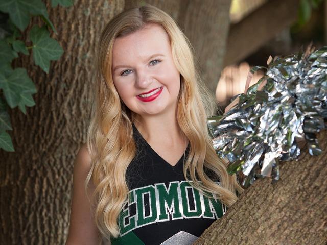 roster photo for Lauren Larson