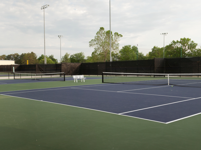 Bulldog Tennis Complex 0
