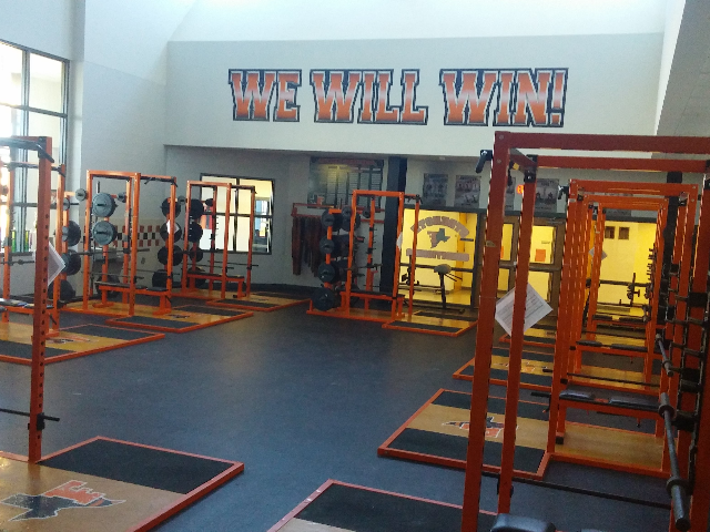 Fieldhouse Weightroom 0