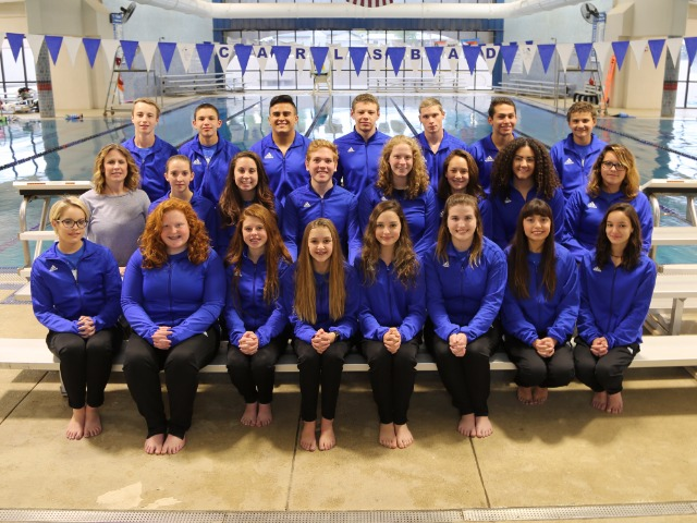 2017-2018 Swimming & Diving Team