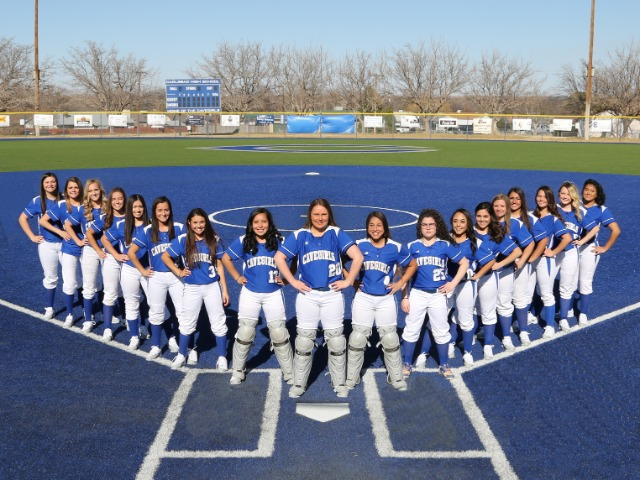 Girls Varsity Softball Gallery Images