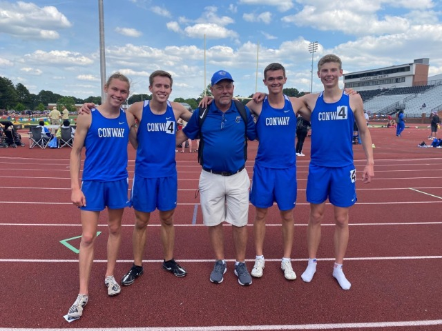 2021 Mens 4x800 record breaking relay