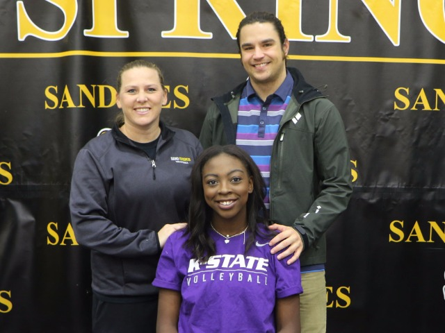 Gloria Mutiri signed with Kansas State University