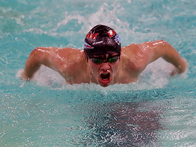 Boys Varsity Swimming and Diving Gallery Images