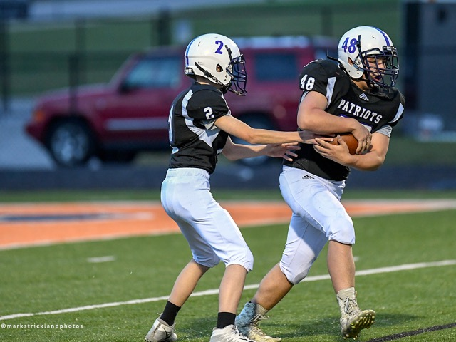 Boys 8th Grade Football Gallery Images