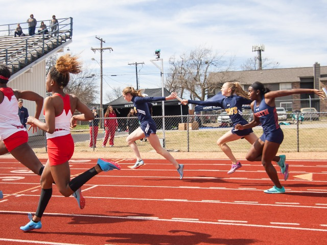 2019 McKinney Boyd Relays - Sophomores Claire Cochran and Meredith Sims - Varsity 4 x 100 M Relay