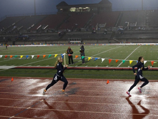 2019 Coppell Relays - Senior Captain Claire Kozmetsky and Senior Ashlyn Meuse - 200 M Dash