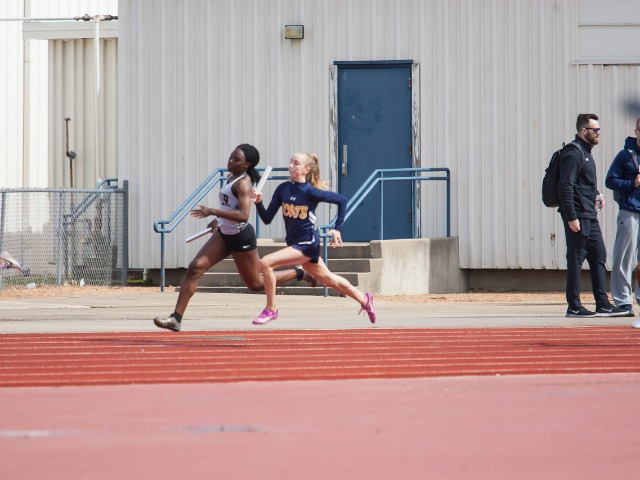 2019 McKinney Boyd Relays - Sophomore Meredith Sims - Varsity  4 x 100 M Relay