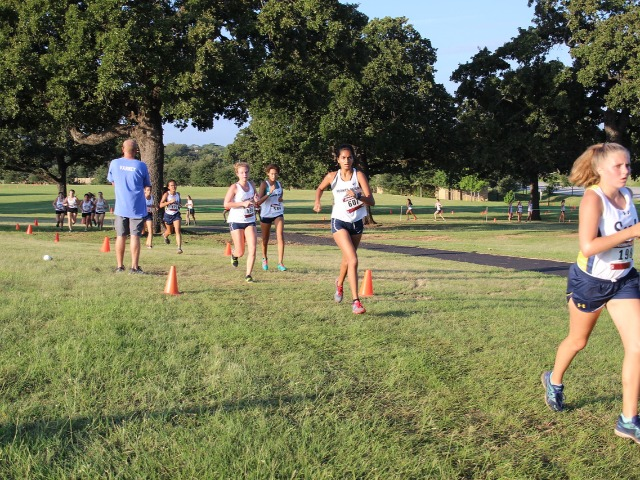 2018 Birdville Invitational - Freshman Avery Turner and Junior Rebekah Miller