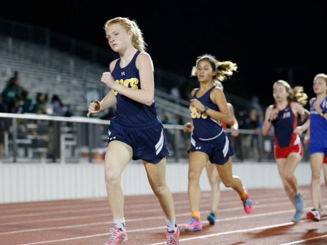 2019 Mesquite ISD Invitational - Junior Captain Gracyn Applegate and Freshman Lola Rodriguez - 1600 M Run