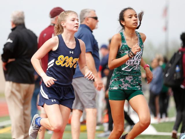 2019 Mesquite ISD Invitational - Sophomore Adelaide Aiken - 3200 M Run