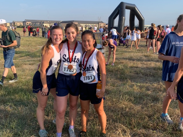 2019 Coppell Invitational - Senior Captain Kate Allen, Sophomore Sterling Willis, and Junior Hollis Vaughan