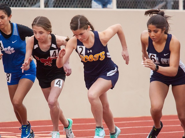 2019 Richardson Invitational - Sophomore Izzy Blaylock - 800 M Run