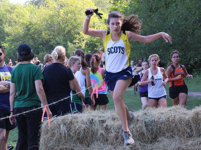 2018 Greenhill Relays - Sophomore Elle Muenker