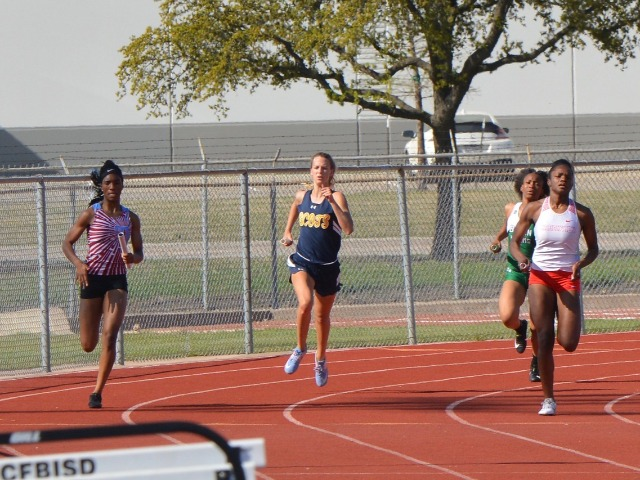 2019 District 11-5A Meet - Junior Captain Olivia Conner - 4 x 400 M Relay