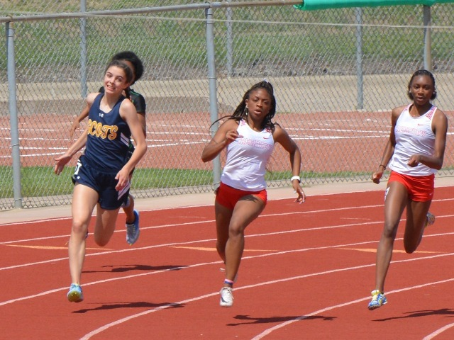 2019 District 11-5A Meet - Freshman Abigail Schott - 200 M Dash