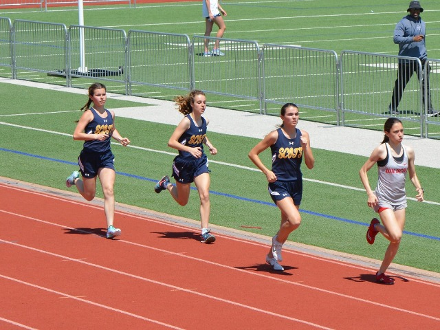 2019 District 11-5A Meet - Senior Captain Maddy Stephens and Sophomores Cameron Fawcett and Izzy Blaylock - 800 M Run