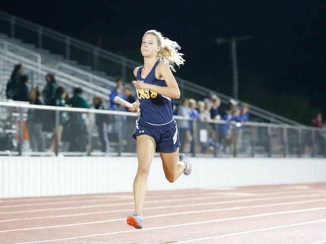 2019 Mesquite ISD Invitational - Junior Captain Olivia Conner - 4 x 400 M Relay