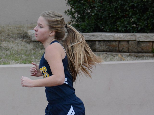 2019 Dual Meet - Freshman Isabella Reynolds - 800 M Run