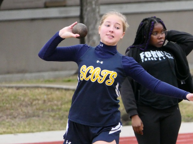 2019 Dual Meet - Freshman Isabella Reynolds - Shot Put