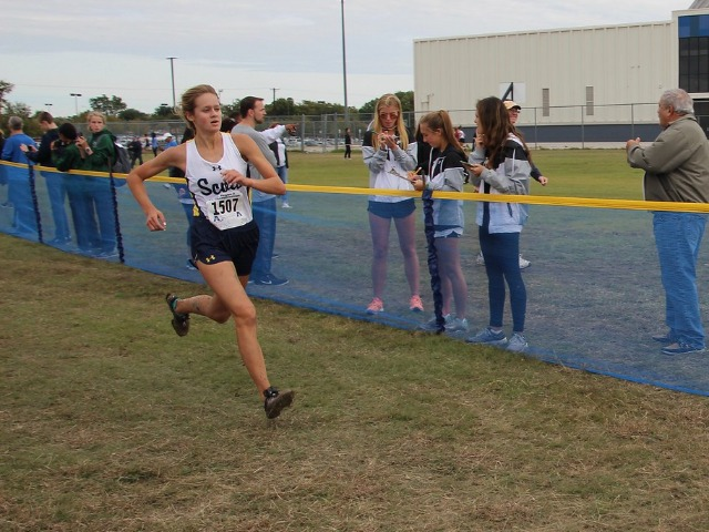 2018 Region II-5A Meet - Junior Phoebe Spackman finishing the race.