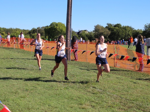 2018 District 11-5A Meet - Sophomores Olivia Cormier, Hannah Blevins, and Allison Brown