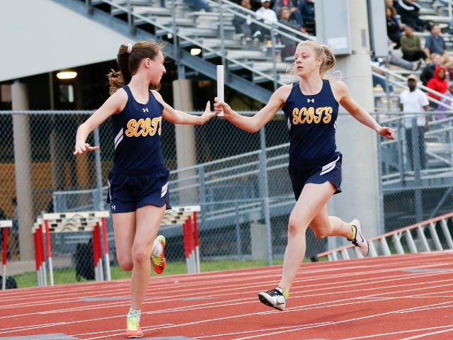 2019 Mesquite ISD Invitational - Junior Alie Lavish and Senior Captain Ashley Booe - 4 x 200 M Relay
