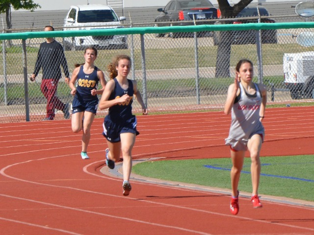 2019 District 11-5A Meet - Sophomores Cameron Fawcett and Izzy Blaylock - 1600 M Run