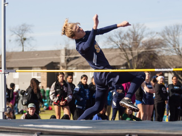 2019 McKinney Boyd Relays - Junior Captain Olivia Conner - High Jump