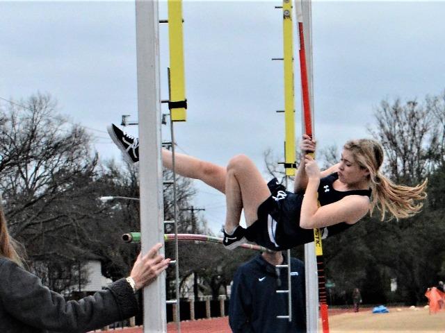 2019 Dual Meet - Senior Sidney Stamm - Pole Vault