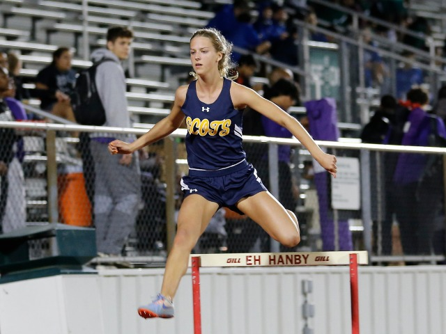 2019 Mesquite ISD Invitational - Junior Captain Olivia Conner - 300 M Hurdles