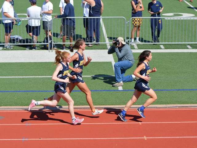 2019 District 11-5A Meet - Juniors Annemarie Whalen, Margaret Kemp, and Captain Gracyn Applegate - 1600 M Run