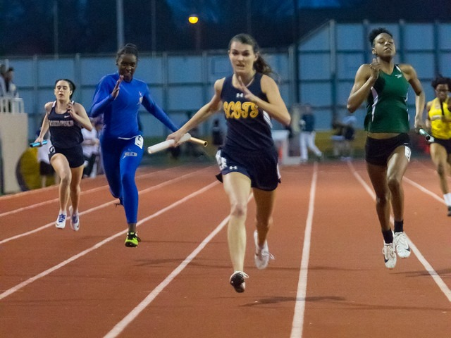 2019 Richardson Invitational - Senior Captain Maddy Stephens - 4 x 200 M Relay