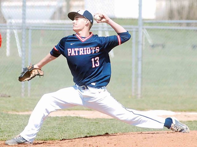 Parkersburg South's Colin Bryant baffles Morgantown in 1-0 win