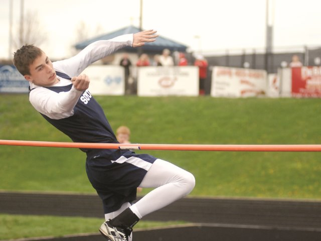 Coed Varsity Track Gallery Images