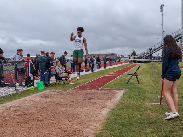 Santa Fe Boys Track Takes Regionals