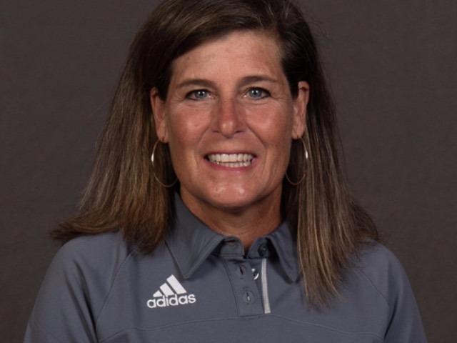 staff photo of Becky Efurd