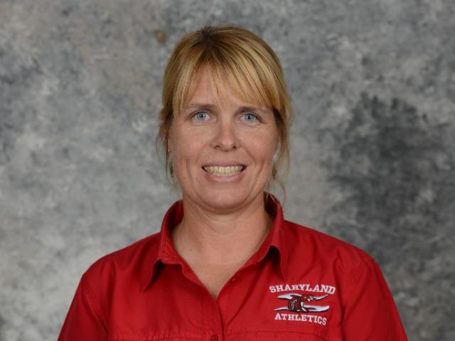 staff photo of Melissa Dearth