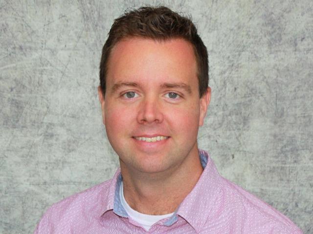 staff photo of Daren Ward