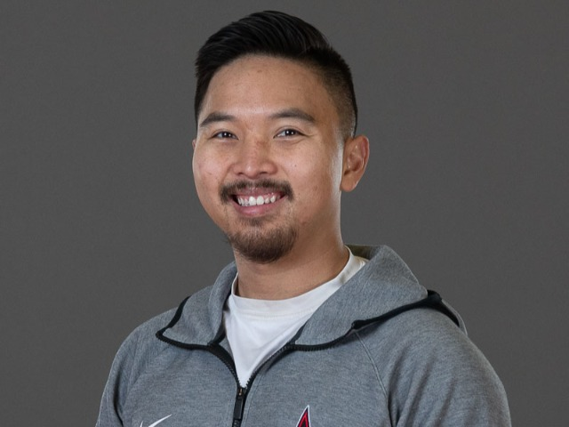 staff photo of Willis Tran