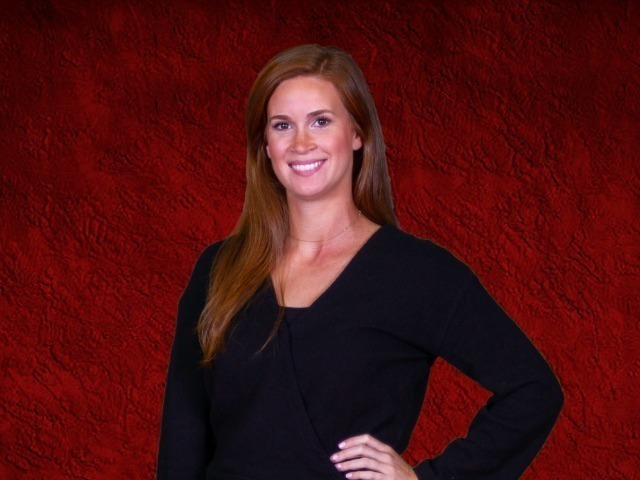 staff photo of Kelly Chasteen