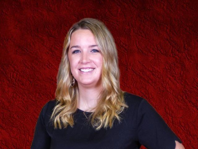 staff photo of Lauren Hayes